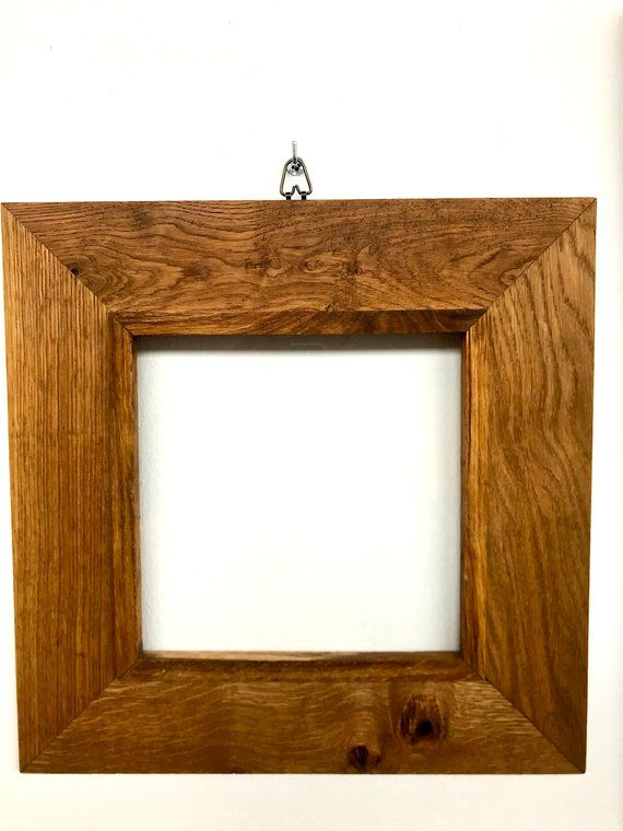 Frame in solid oak with glass and hook Cornici, Lampade