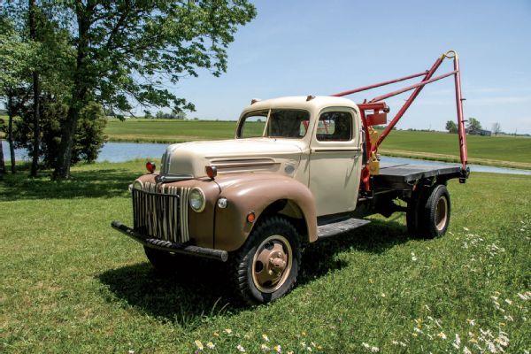1947 Ford Cm6 4 Dually Wrecker Tow Truck W Marmon Herrington 4x4 Conversion And Original Flathead V 8