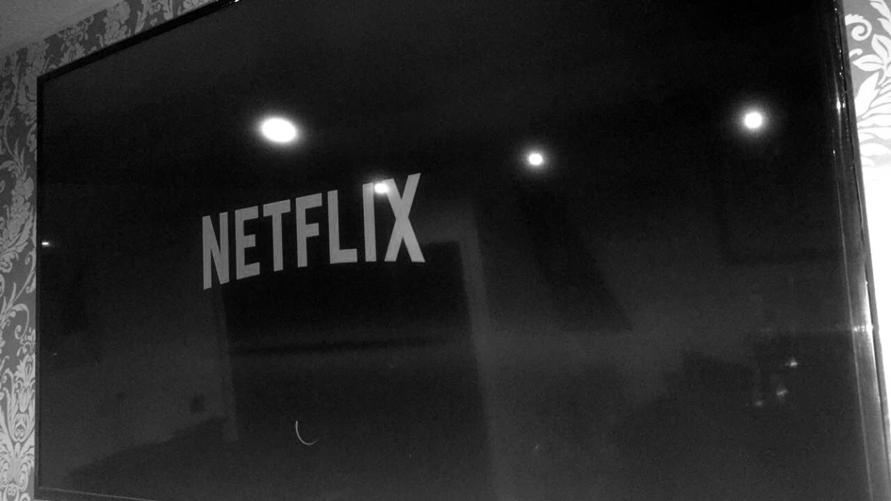 Netflix•black aesthetic • aesthetic•dark Black aesthetic