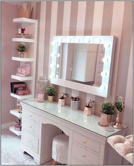 Photo of 50+ Make Up Room Decor Ideas