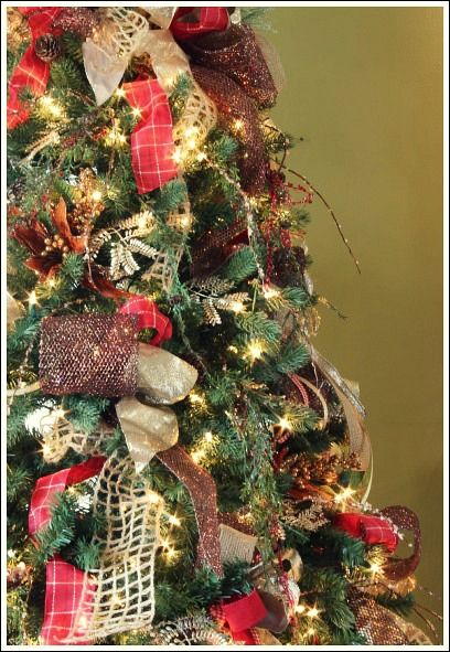 How To Decorate A Christmas Tree With Only Ribbon And Greenery Ribbon On Christmas Tree Christmas Christmas Tree Images