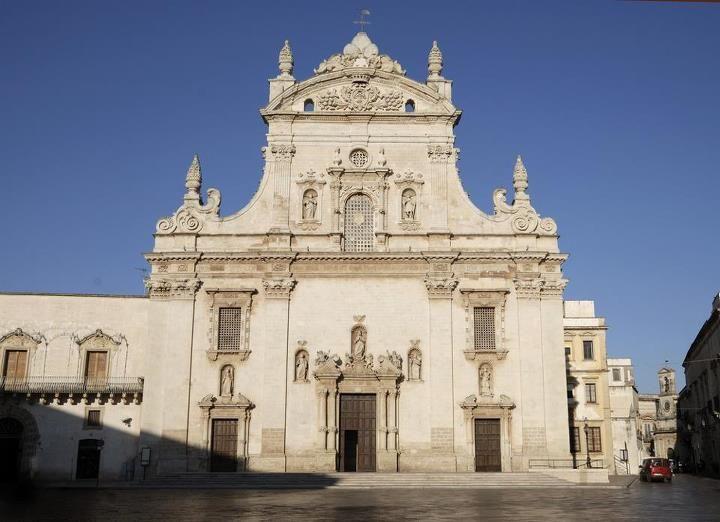 """Il 29 giugno si festeggia a Galatina e non solo Santu Paulu, """"protettore"""" delle tarantate, dove il tarantismo ha origine e fine."""