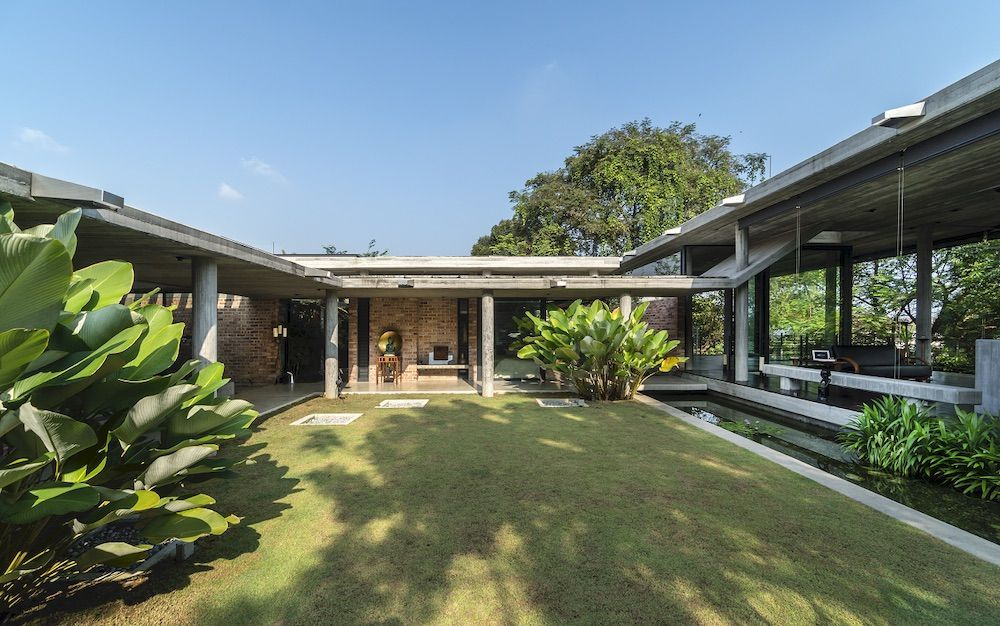 Inside 25 Of Asia S Most Beautiful Contemporary Homes Tatler Hong Kong In 2020 Contemporary House Hudson Homes Marble House