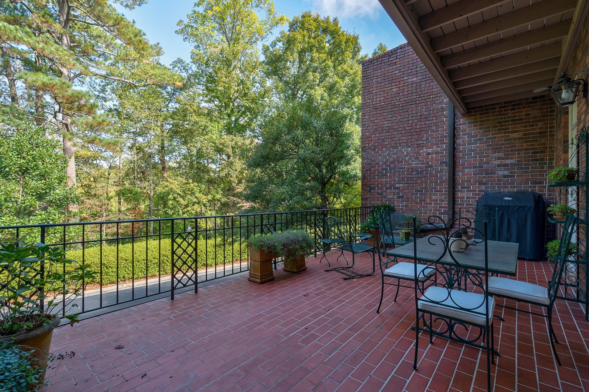 Red Brick Patio Ideas | DIY Paver Designs & Pictues in ... on Red Paver Patio Ideas id=71156