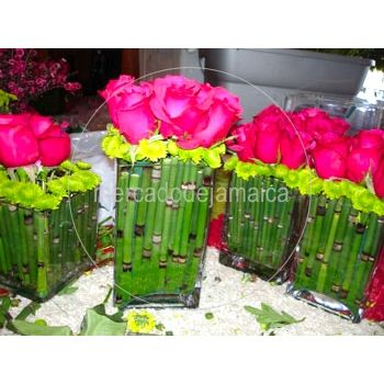 Centro De Mesa Rosas Y Yokos Mercado De Jamaica 13500