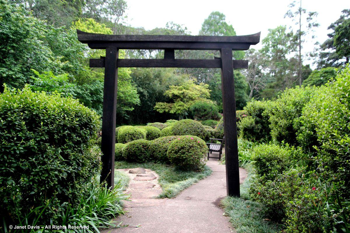 Delicieux Tori Gate Japanese Garden Makaranga