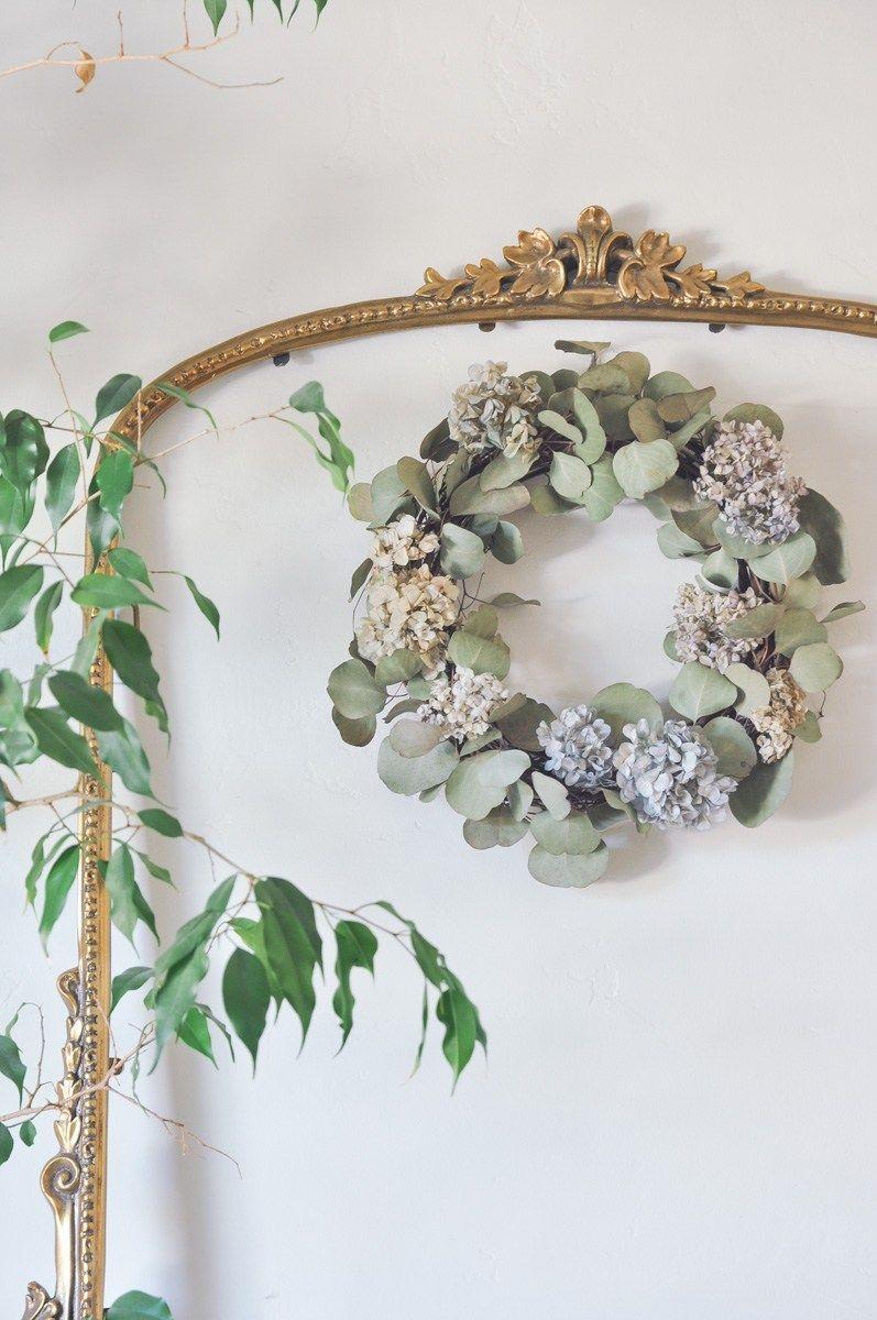 Diy dried hydrangea wreath with eucalyptus dried flower