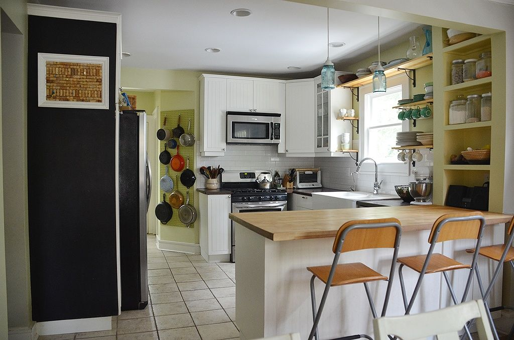Love this 'Julia Child' kitchen. Very functional.