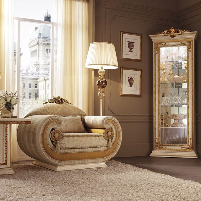 Italian Furniture Online Sur Instagram Italianfurnitureonline Riyadh Kazakhstan Nyc Milan Lon In 2020 Italian Furniture Living Room Furniture Italian Furniture