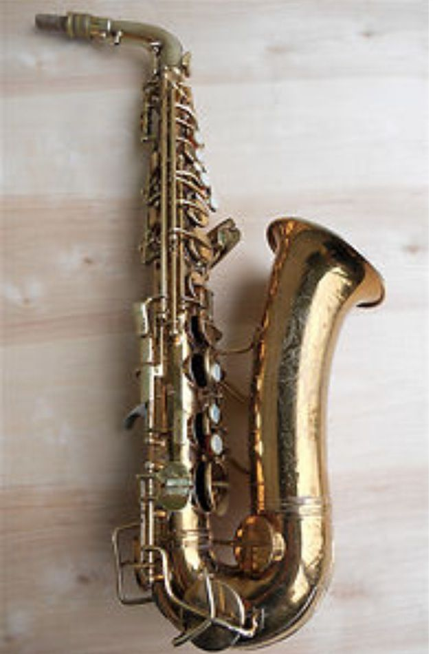 Conn naked lady alto saxaphone