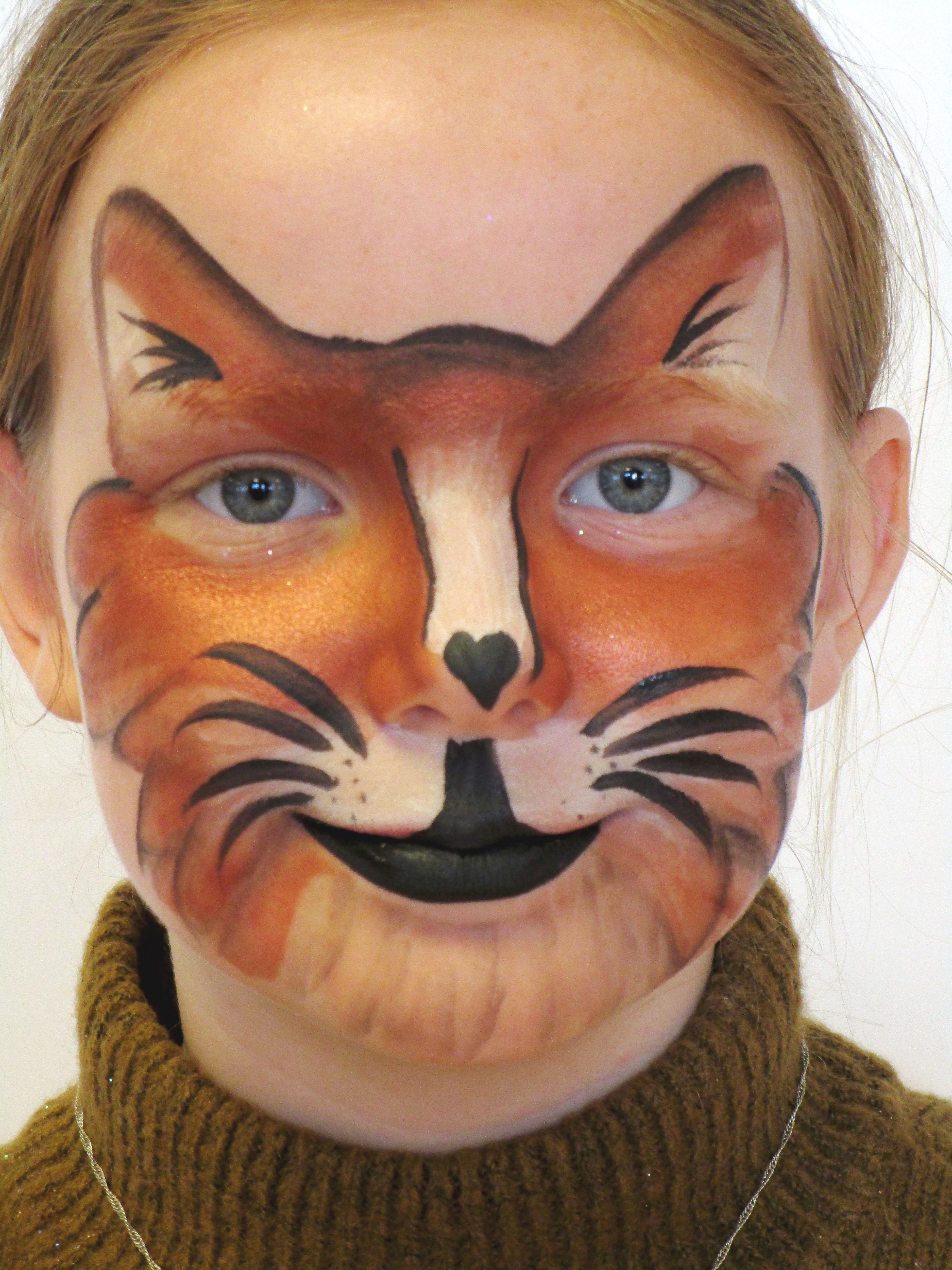 Fox / Cat Face Paint. Ræv / Kat Ansigtsmaling