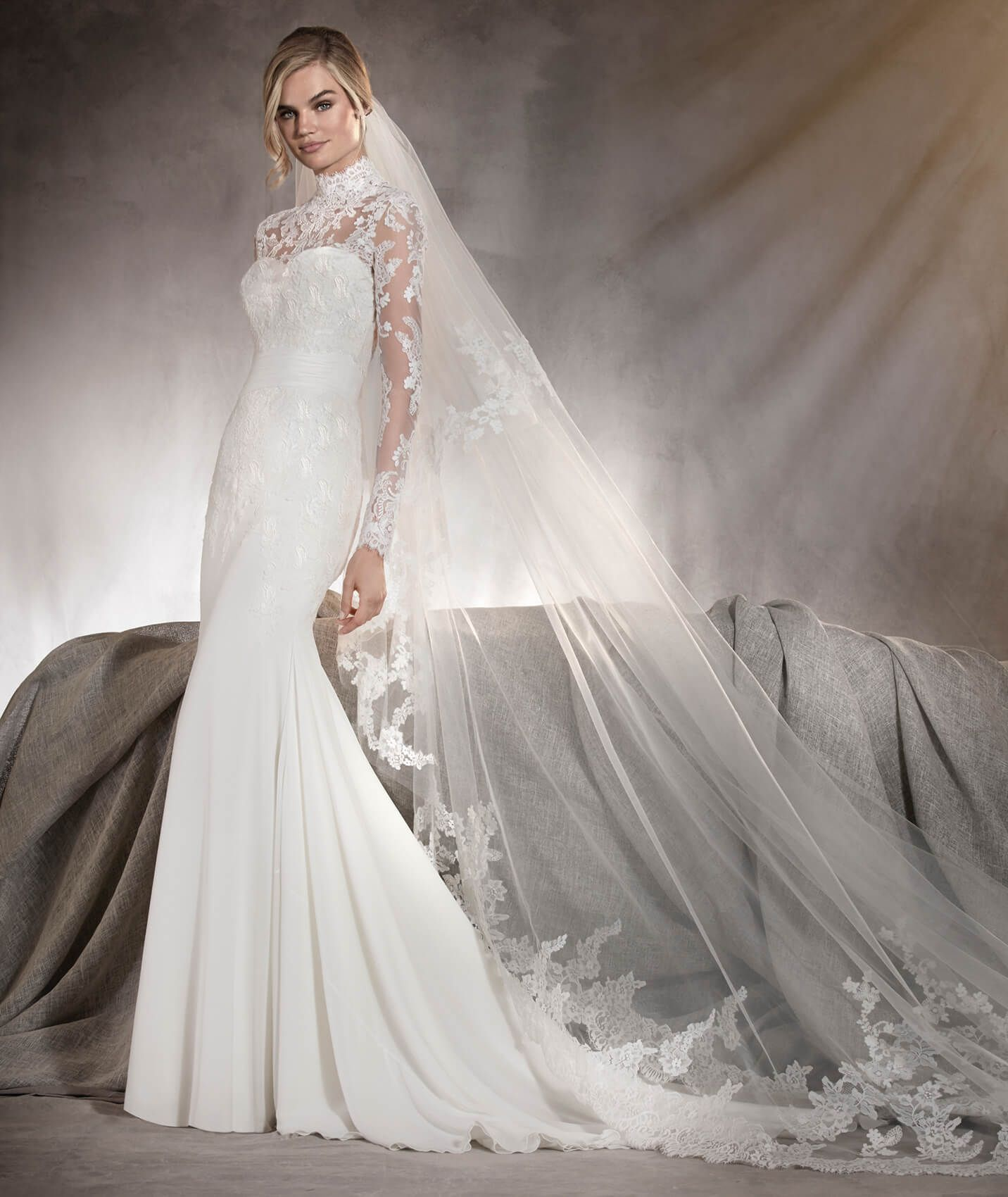 Ariella wedding dress in gauze and tulle with lace on the sleeves