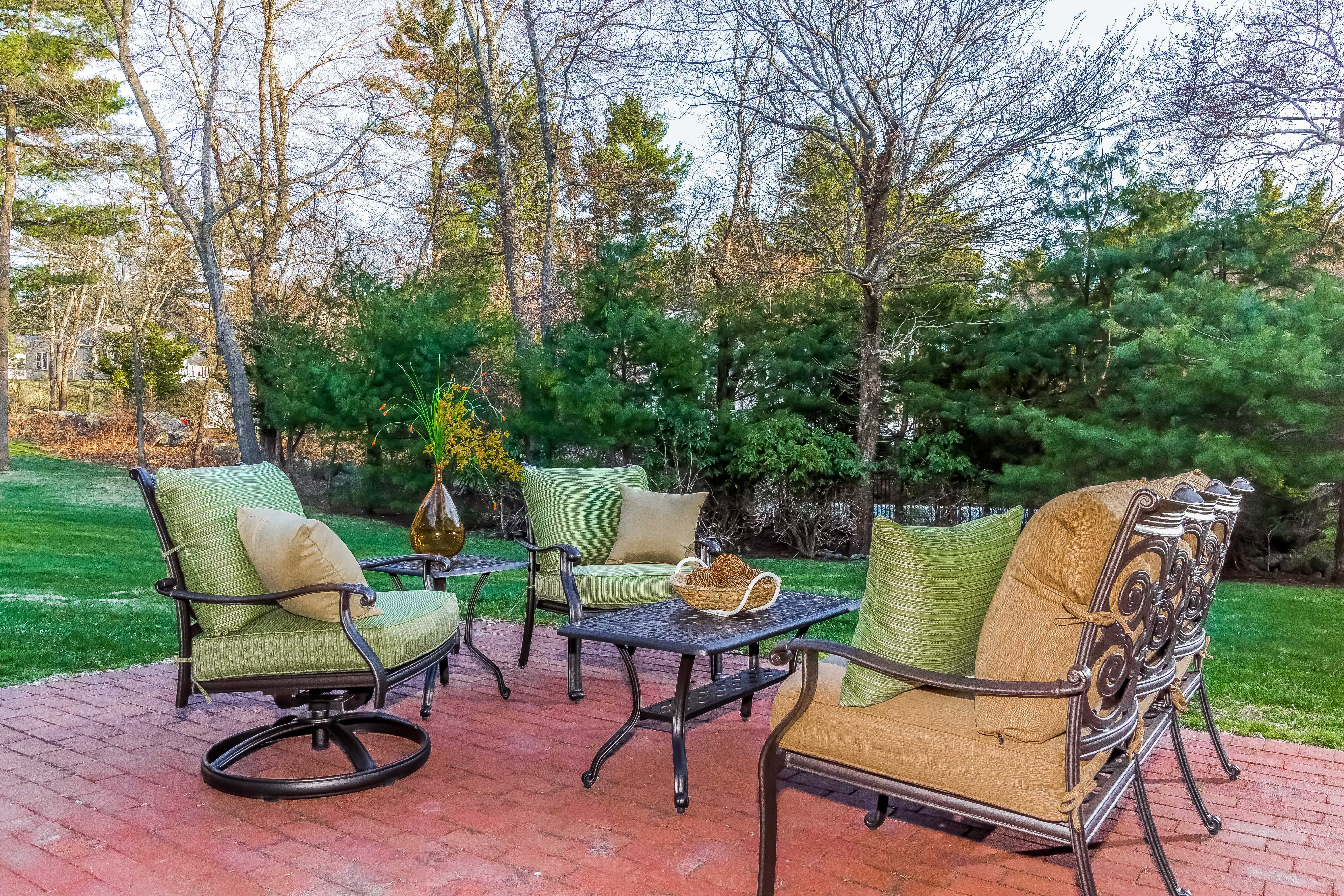 Victoria deep seating by alfresco sofa with straw linen cushions 2 club chairs with cedar key green cushions and a 42 rectangle coffee table on sale for