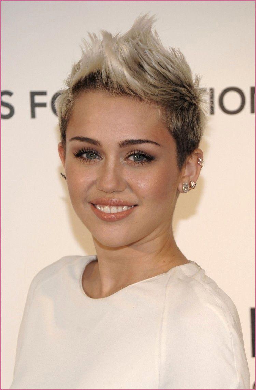 genial Kurze Haare Frauen Sidecut  Kurze blonde frisuren