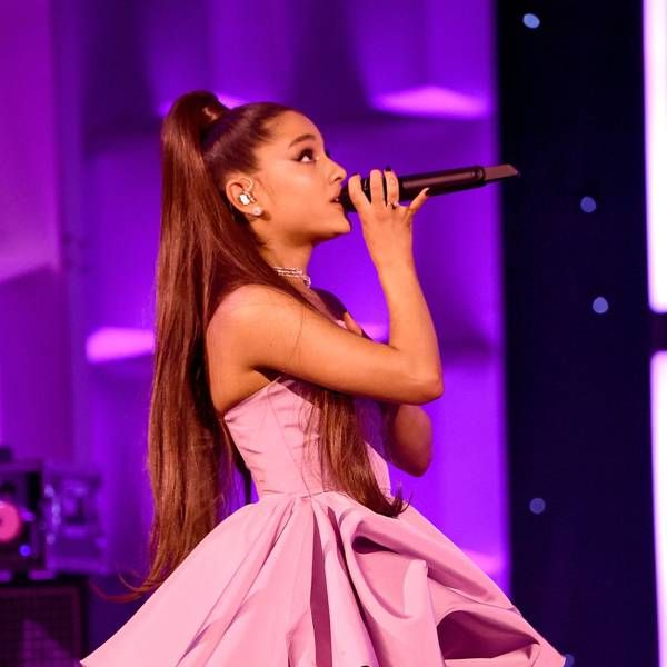 Photo of Ariana Grande Takes The Crown From Selena Gomez As The Most Followed Woman On Instagram