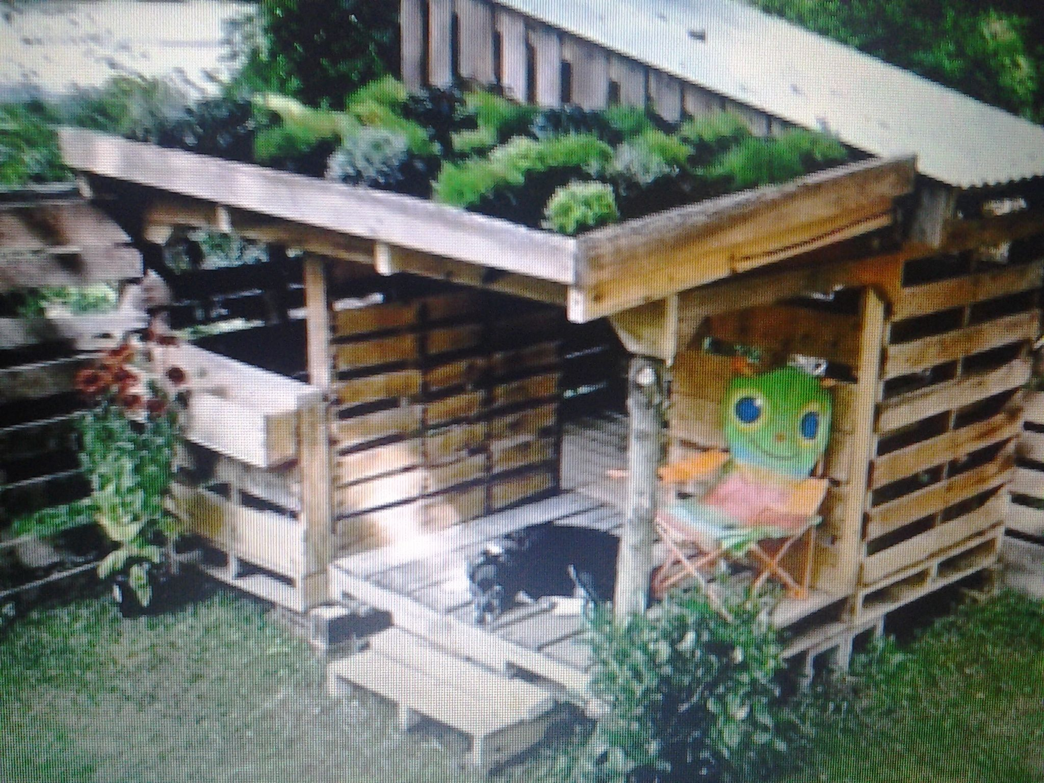 Recycled Pallet Board Garden Doghouse Pallet Board