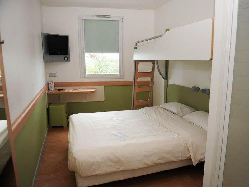 Chambre Hotel Ibis Recherche Google Appartement Mobilier