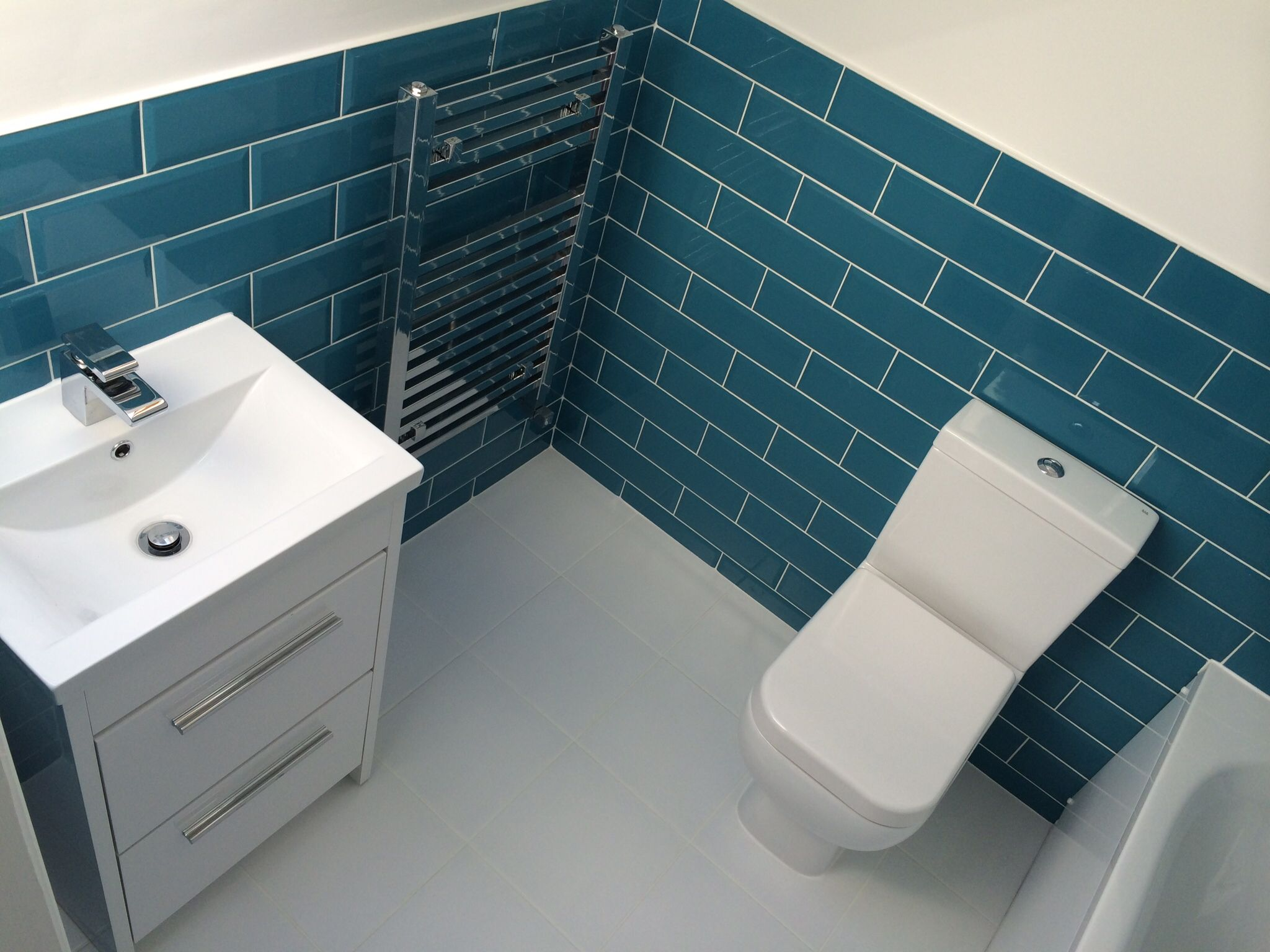 Blue bathroom suite