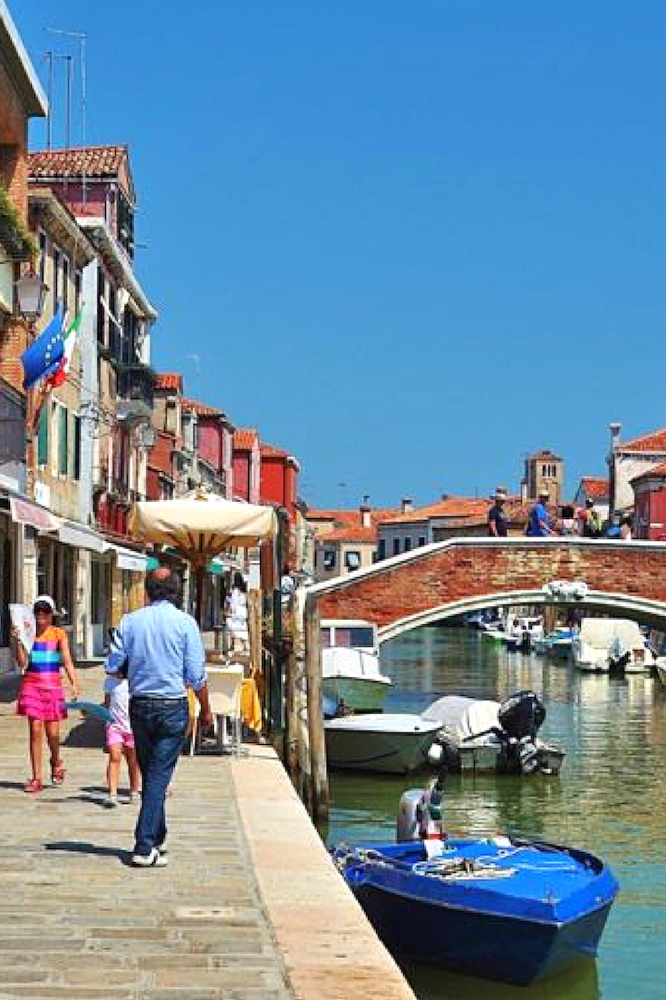 Murano Glass Tour Water Taxi Tour Of The Glass Blowing Island Italy Pictures Tours Venice