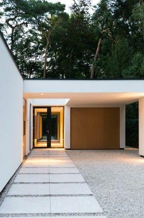 Moderne einfahrten einfamilienhaus  INTERIEUR I BINNENKIJKEN I Moderne Bungalow in Ermelo | Pinterest ...