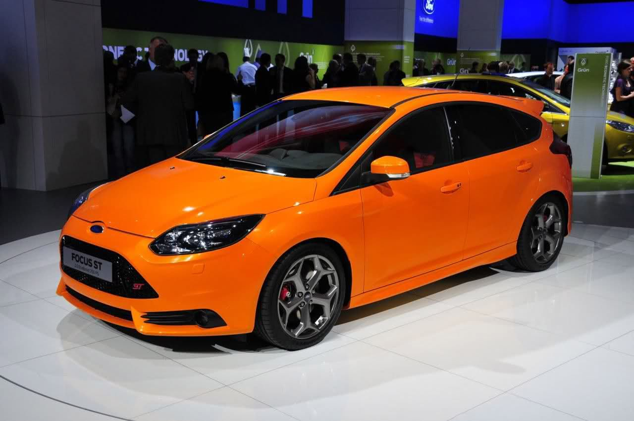 wow ford focus mk3 st in colour of st mk2 electric orange ford focus st tuning pinterest. Black Bedroom Furniture Sets. Home Design Ideas