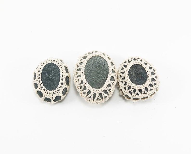 Small crochet stones, crochet lace pebbles, set of three, beach wedding, tabletop decor, home decor, natural thread, bowl element, fiber art #crochetelements