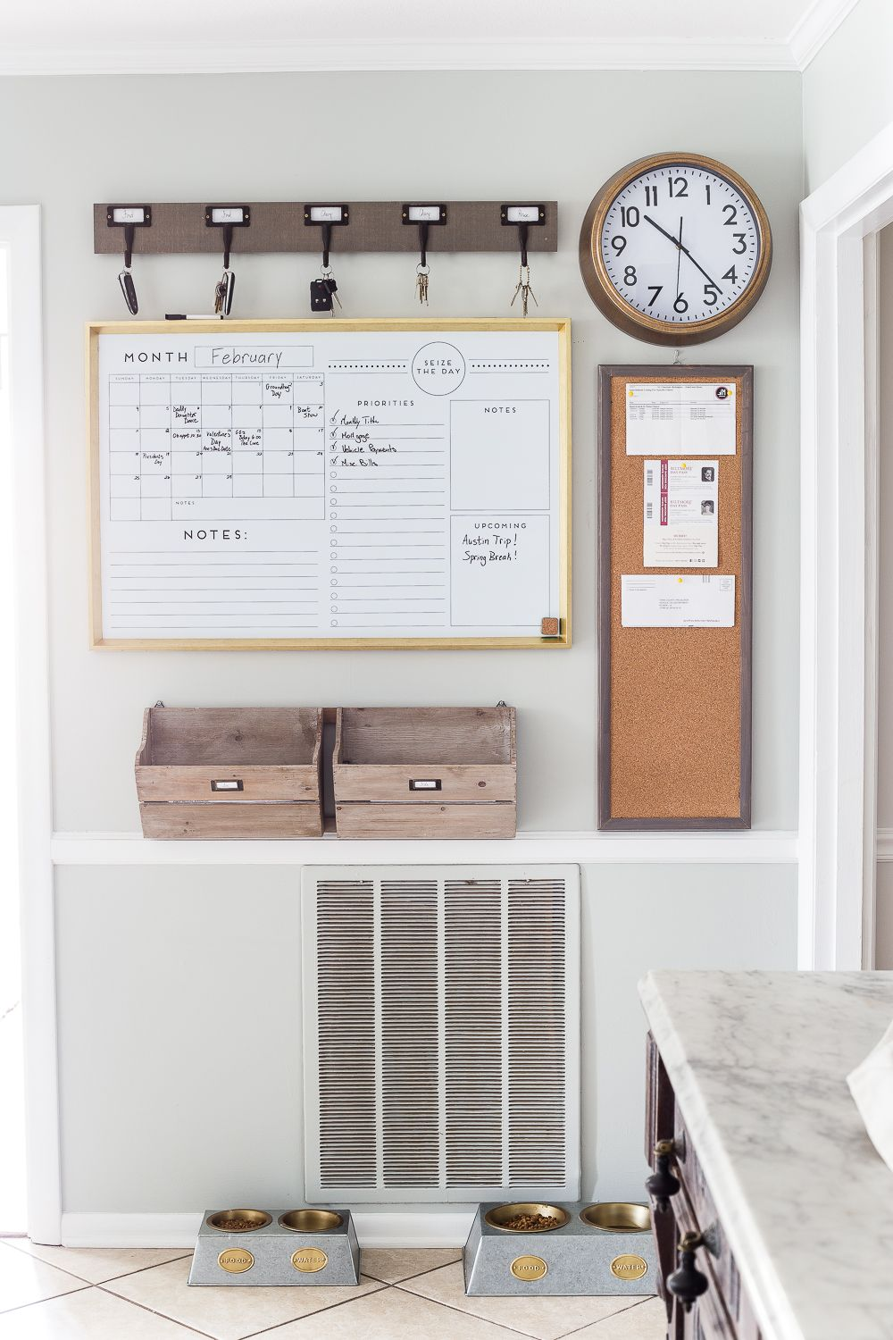 5 Tips To Create An Organized Command Center
