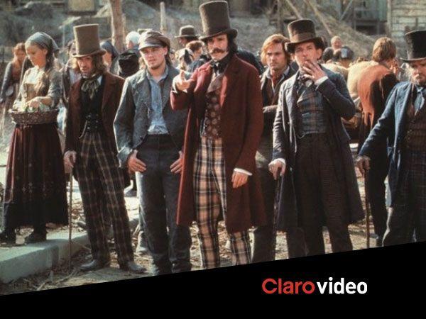 Te desafiamos a encontrar um filme com mais chapeus que esse.
