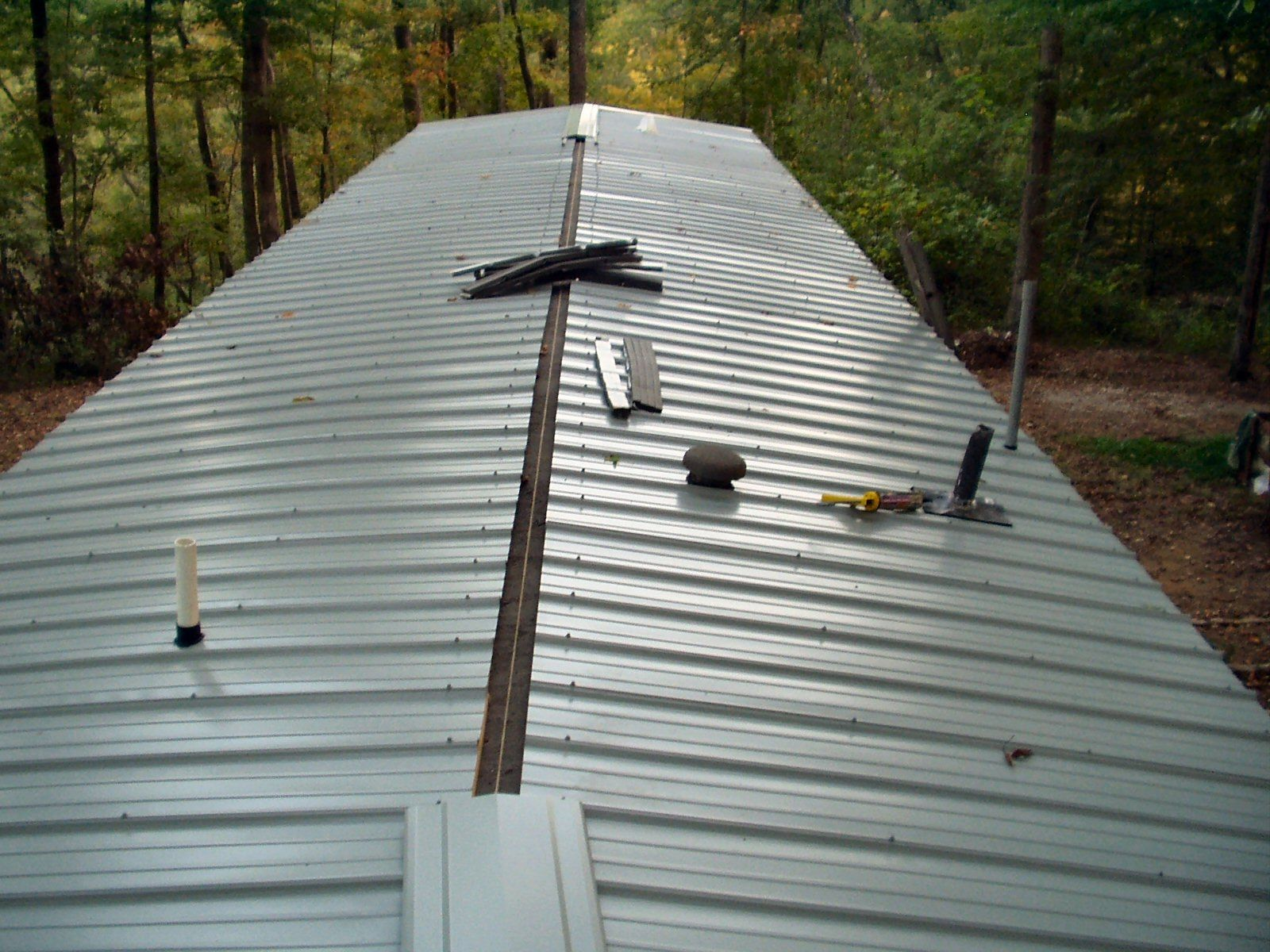 Put Metal Roof Mobile Home Put Metal Roof Mobile Home Mobile Home Metal Roof Installation Roof Mobile Home Roof Remodeling Mobile Homes Mobile Home Renovations