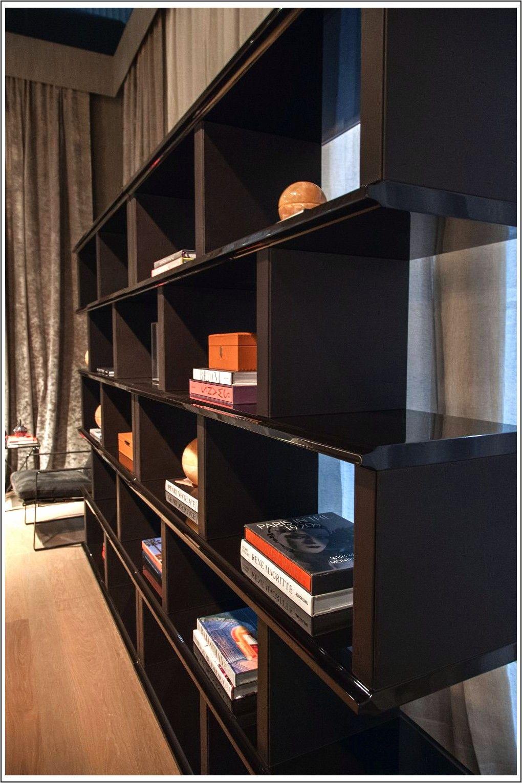 Scaffali Per Libri Design.Scaffali Per Libri Moderni Con Funzioni Di Design Complesse E