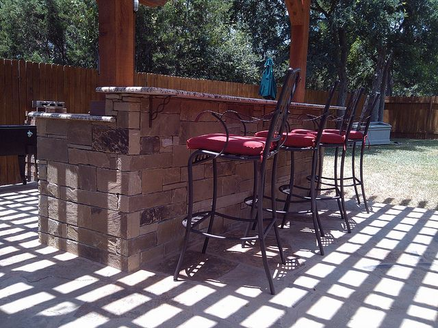 Beautiful #outdoor #bar by DH Landscape Design