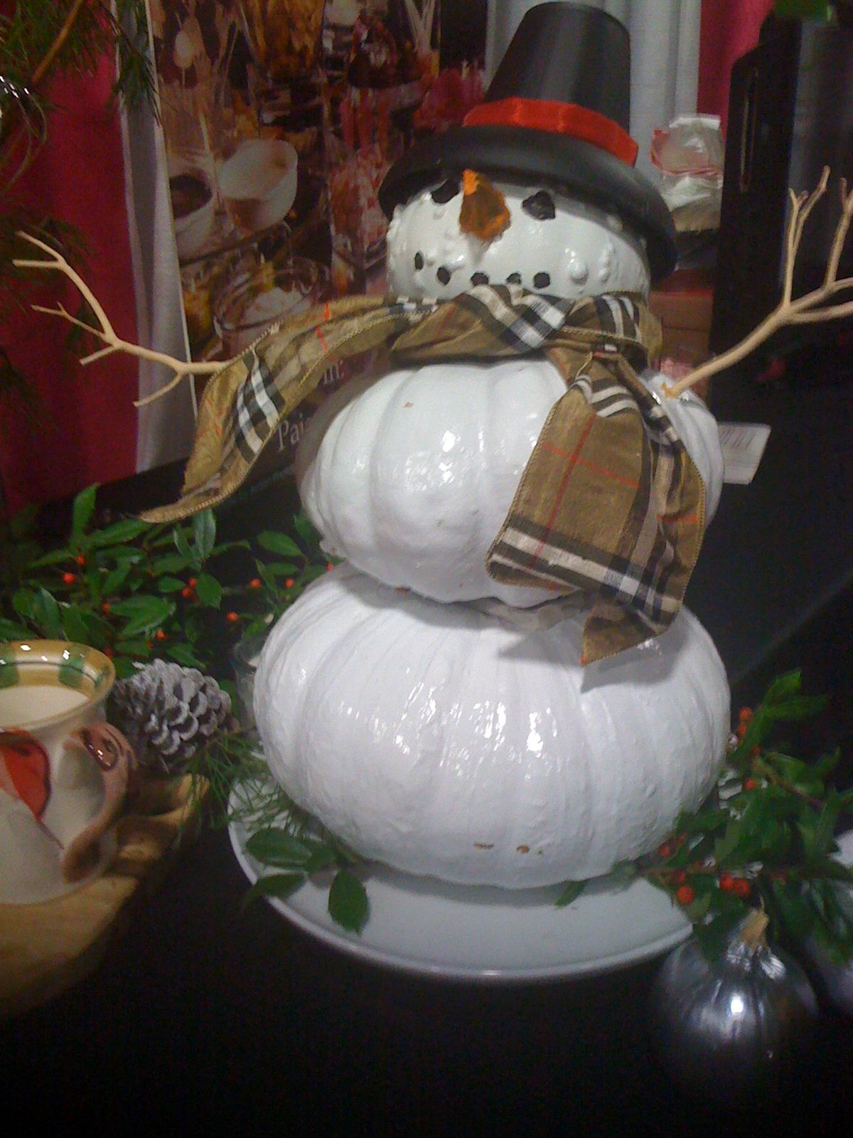 I was looking for ideas for using Thanksgiving pumpkins for Christmas.  I'm totally doing this!  I hate to waste!!