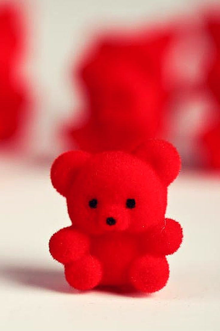 Pin By Pitchanan New Leesuksom On Paint The Town Red Red Teddy Bear Teddy Bear Pictures Red Baby