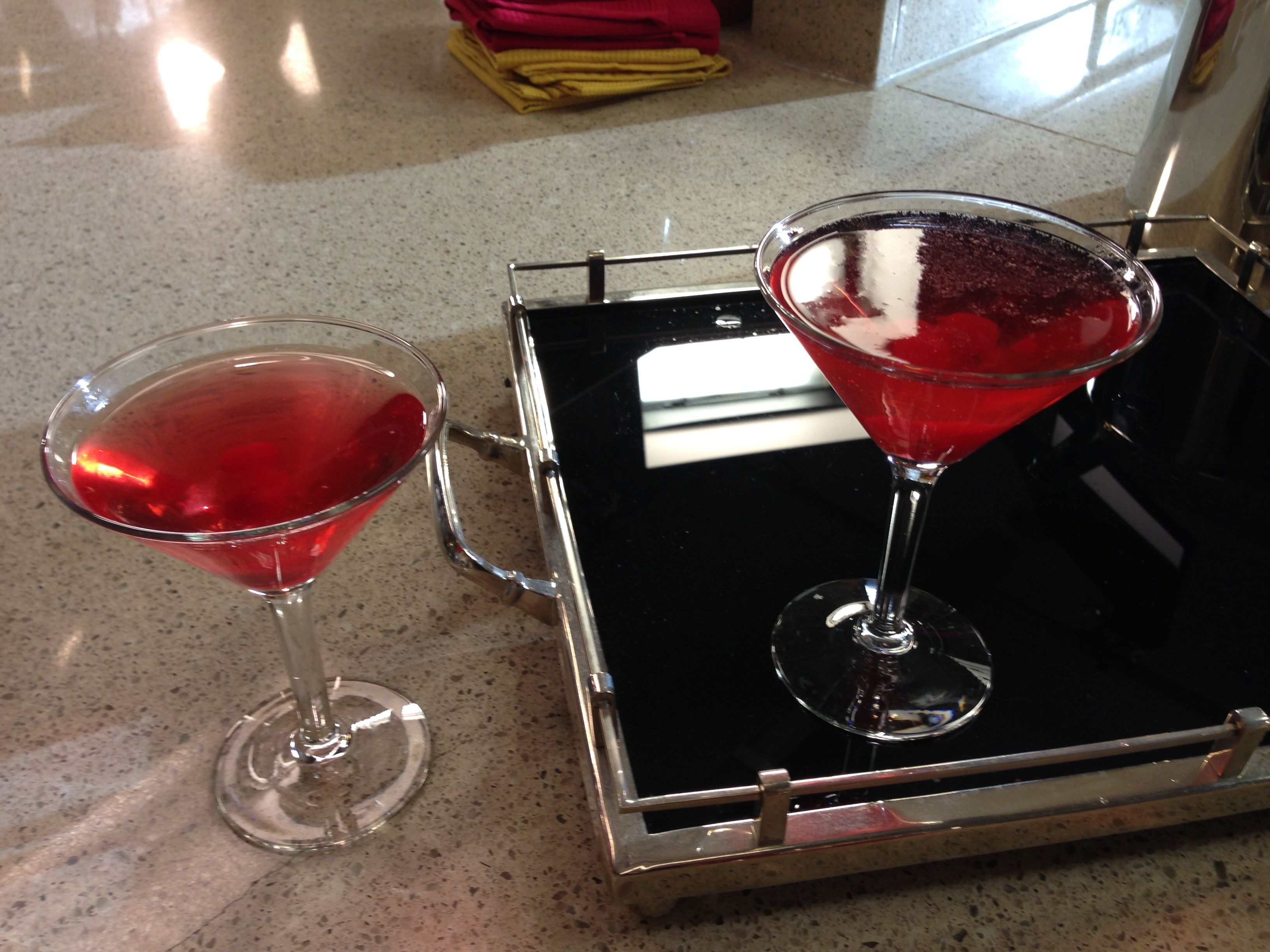 Bobby's mixing up his Spanish Cranberry Sparkling Martini for Turkey Day. #ThanksgivingLive http://www.foodnetwork.com/recipes/bobby-flay/spanish-cranberry-sparkling-martini-recipe/index.html?soc=thanksgivinglivepinterest