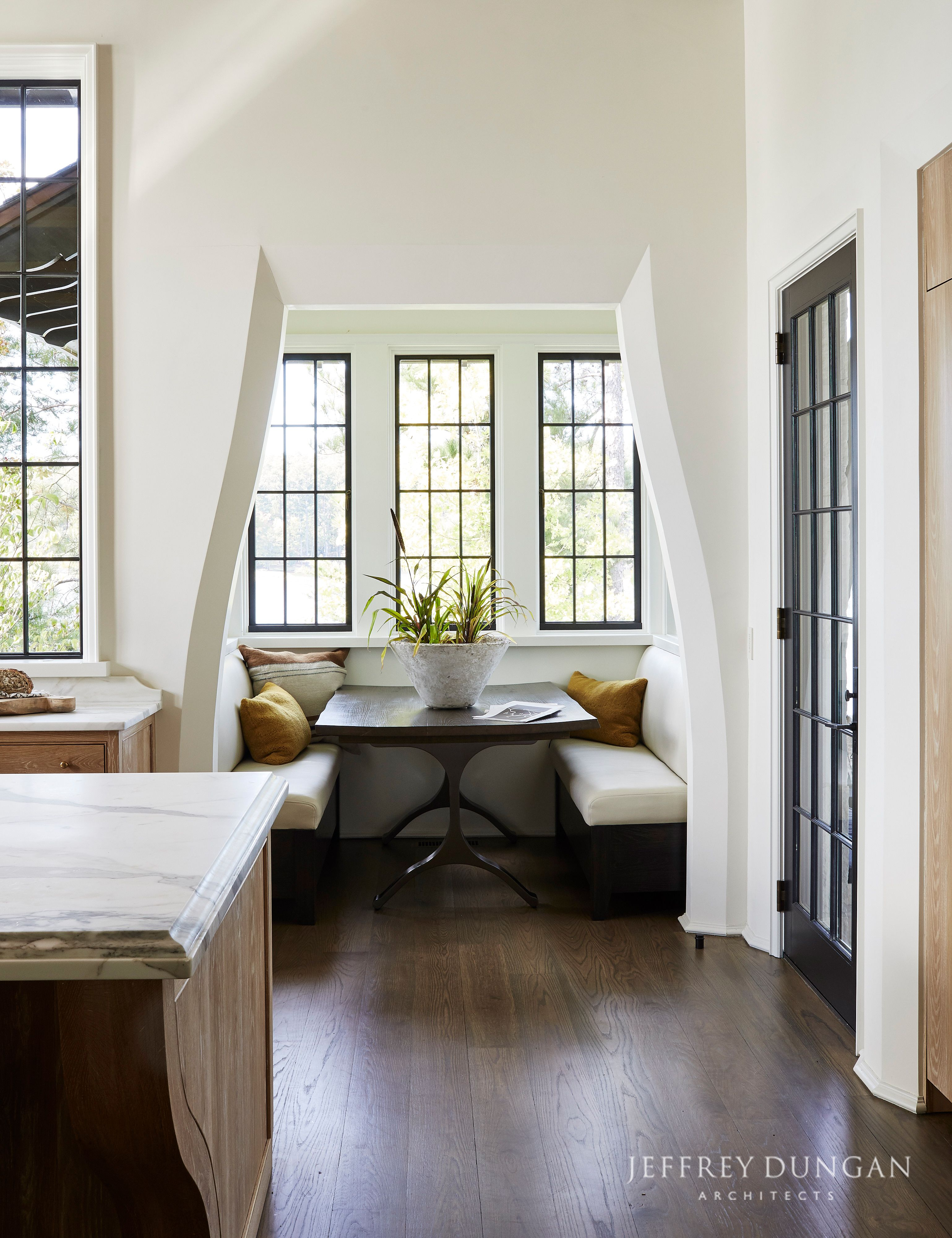 Jeffrey Dungan Architects Check Out Jeffrey Dungan S New Book The Nature Of Home Home Dining Nook Home Decor