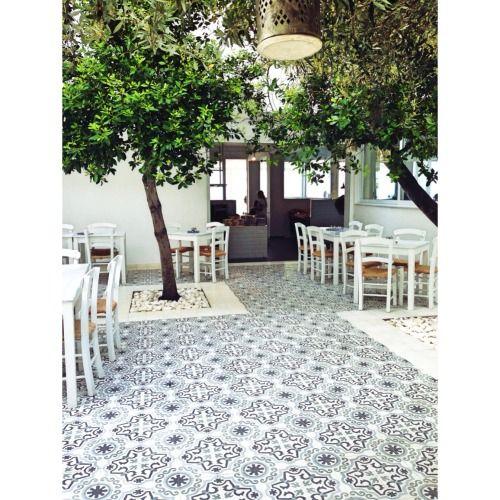 Epingle Par Zeineb Benbouzid Sur Cafe Et Terrasse De Restaurant
