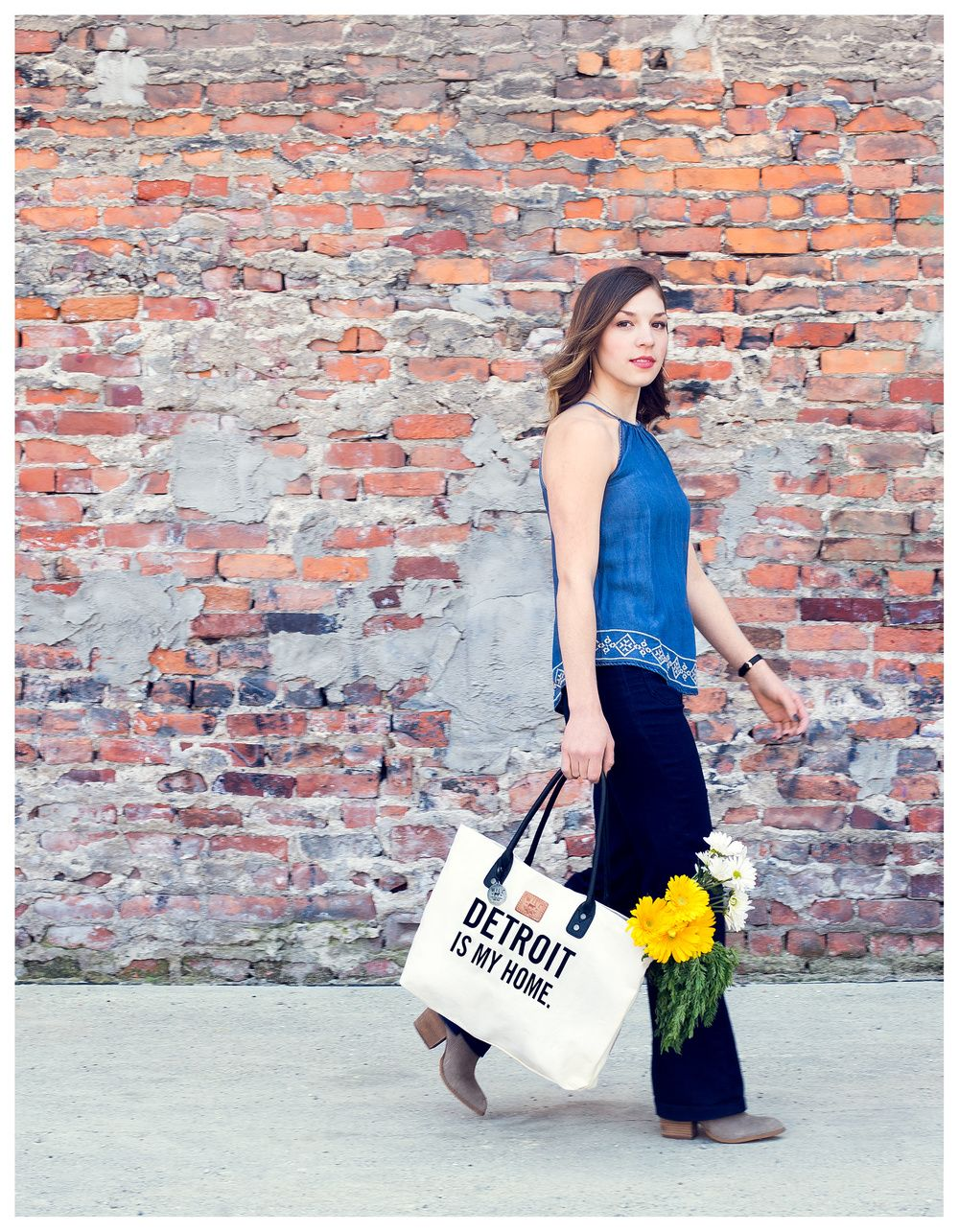 Detroit is my home.  Carryall tote.