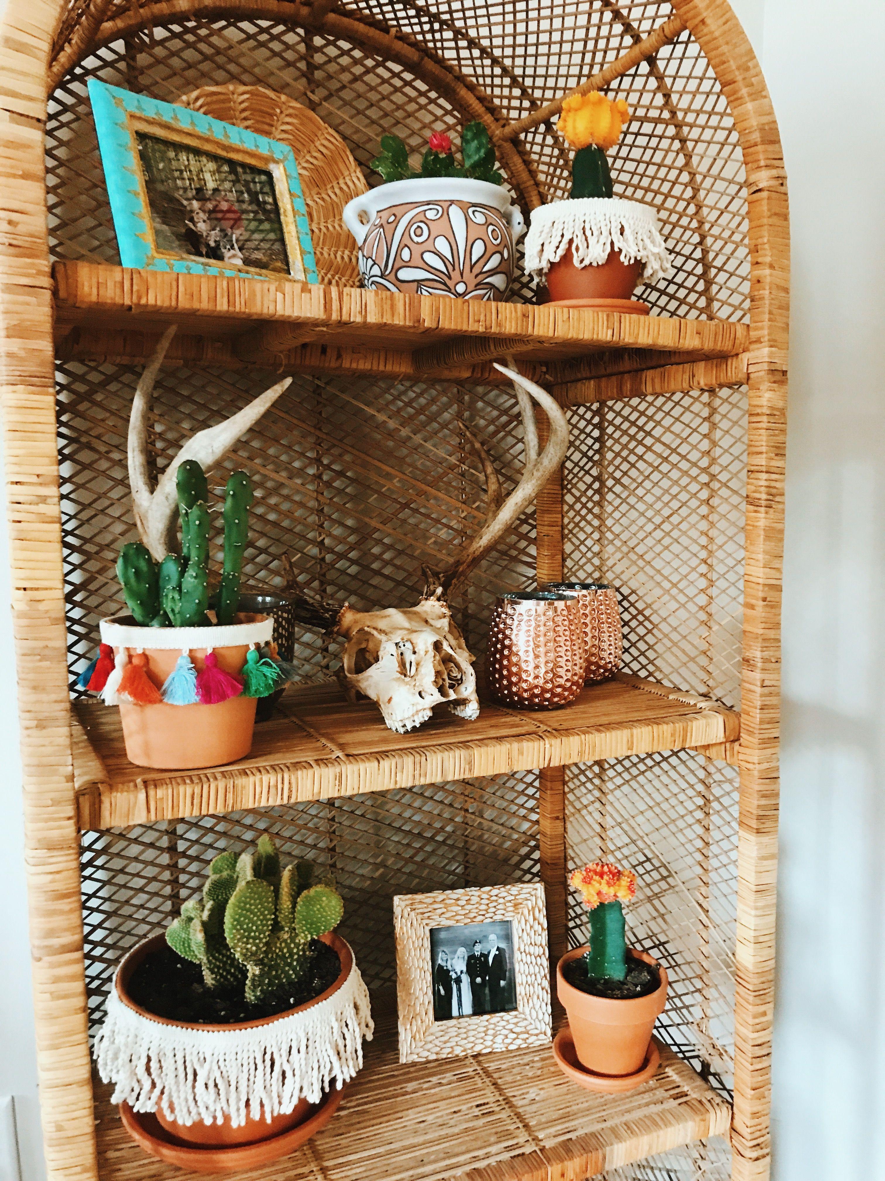 house plants + skulls // #boho #bohemian #eclectic #southwest #decor #homedecor #skull #fringe #tassels