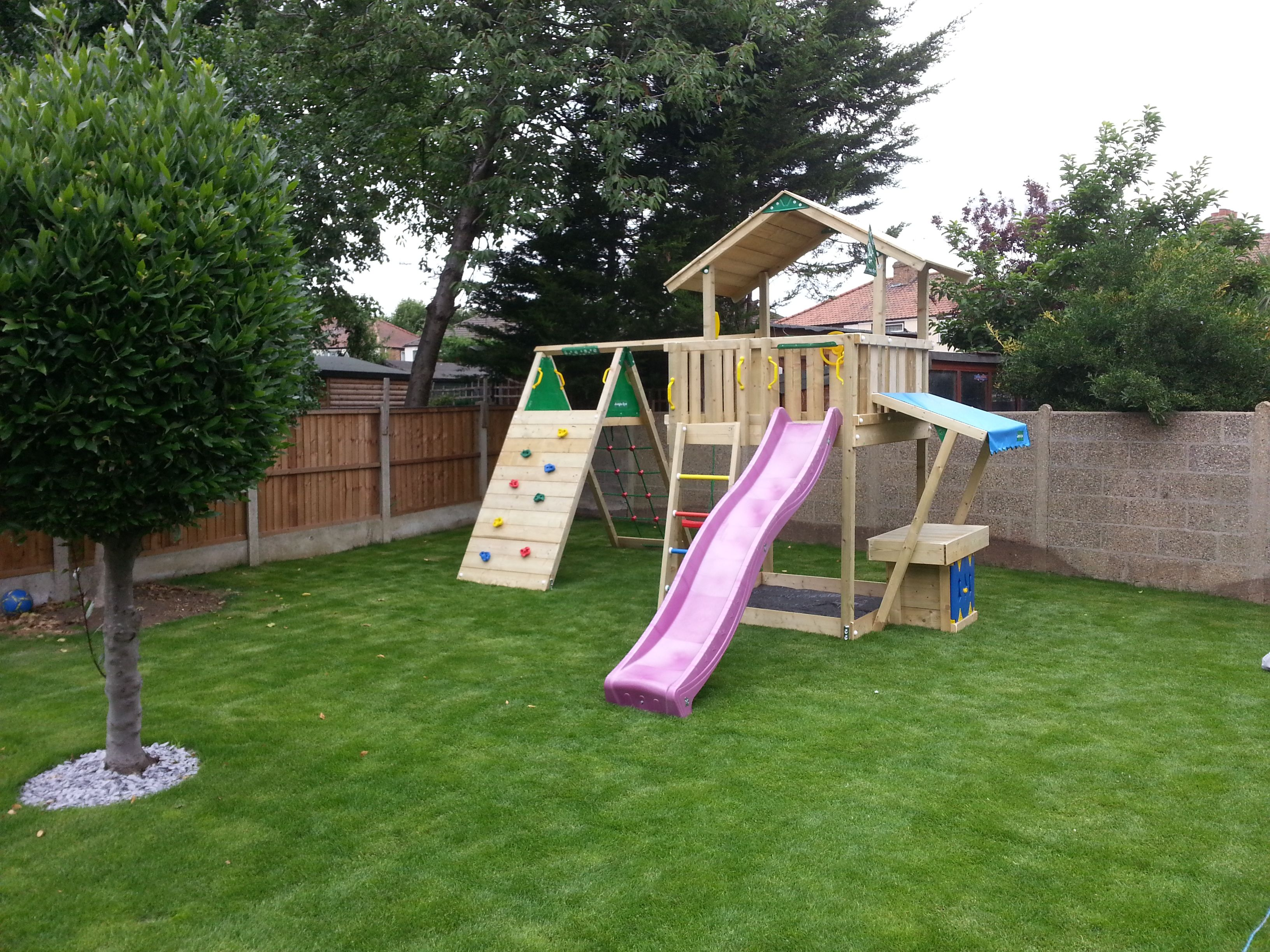 jungle gym chalet with mini market and climb modules installations by active garden. Black Bedroom Furniture Sets. Home Design Ideas