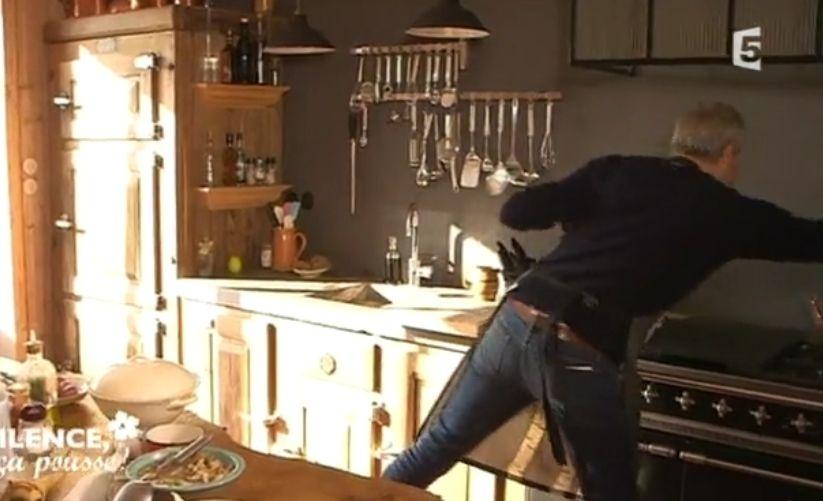 cuisine st phane marie la hotte maison cuisine en 2018 pinterest id e cuisine stephane. Black Bedroom Furniture Sets. Home Design Ideas