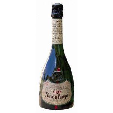 GRAN JUVÉ - Su elaboaració está rigurosamente limitada a los grandes vinos procedentes de cosechas excepcionales.