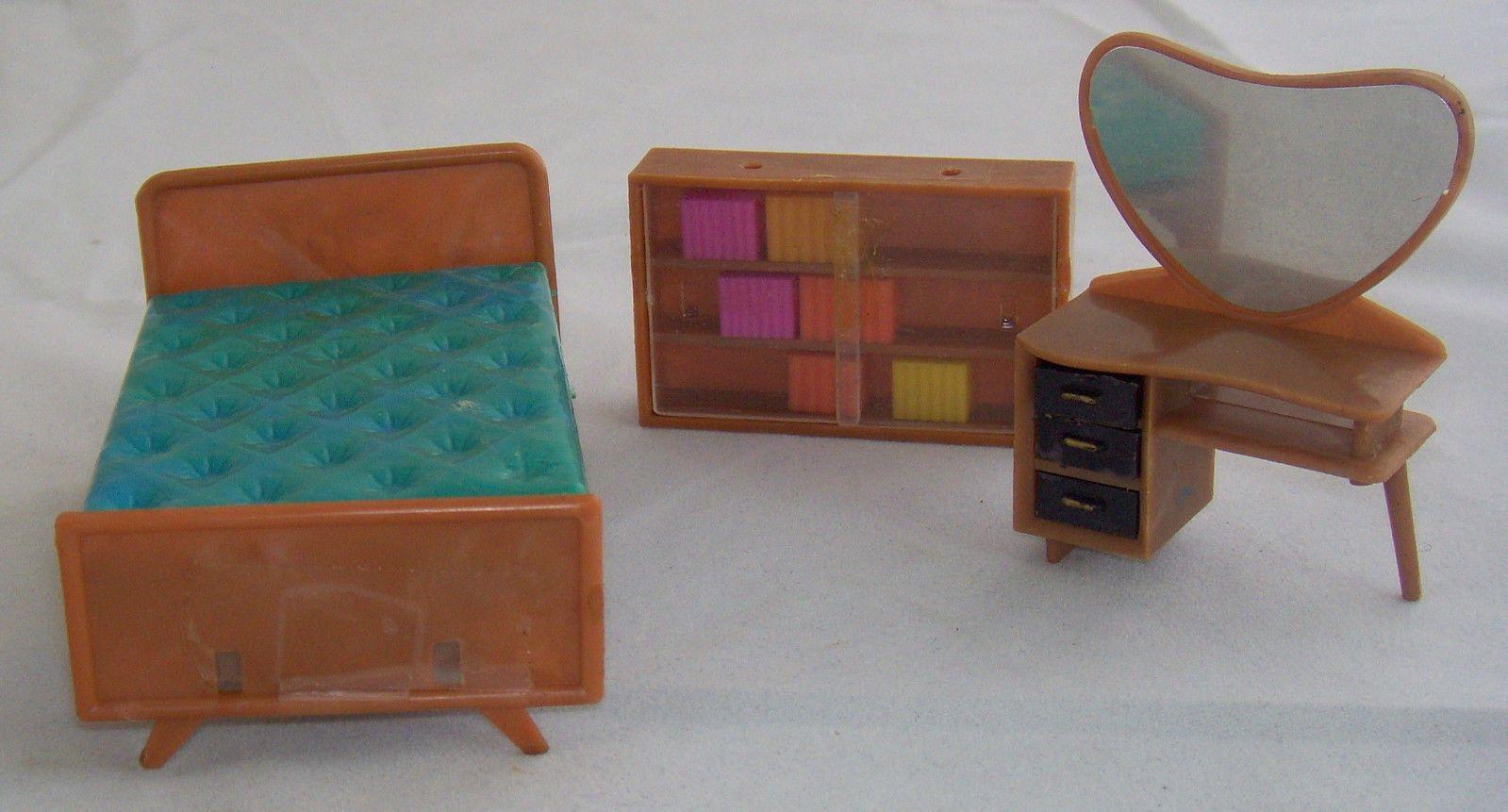 miniature doll furniture. Vintage Blue Box Miniature Dollhouse Furniture Lot   EBay Doll I