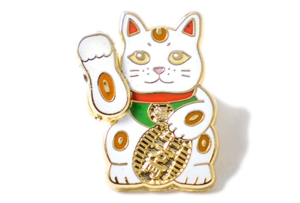 Lucky Cat Pin