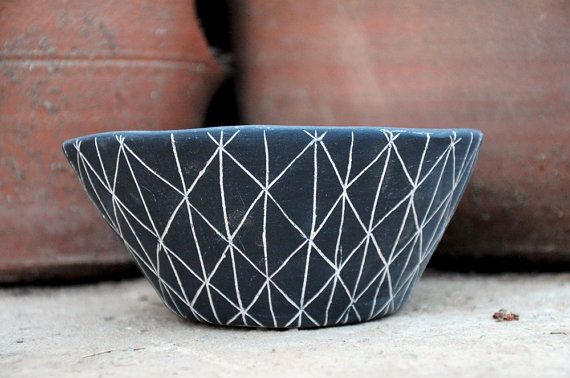 Black and white ceramic table planter with hand carved