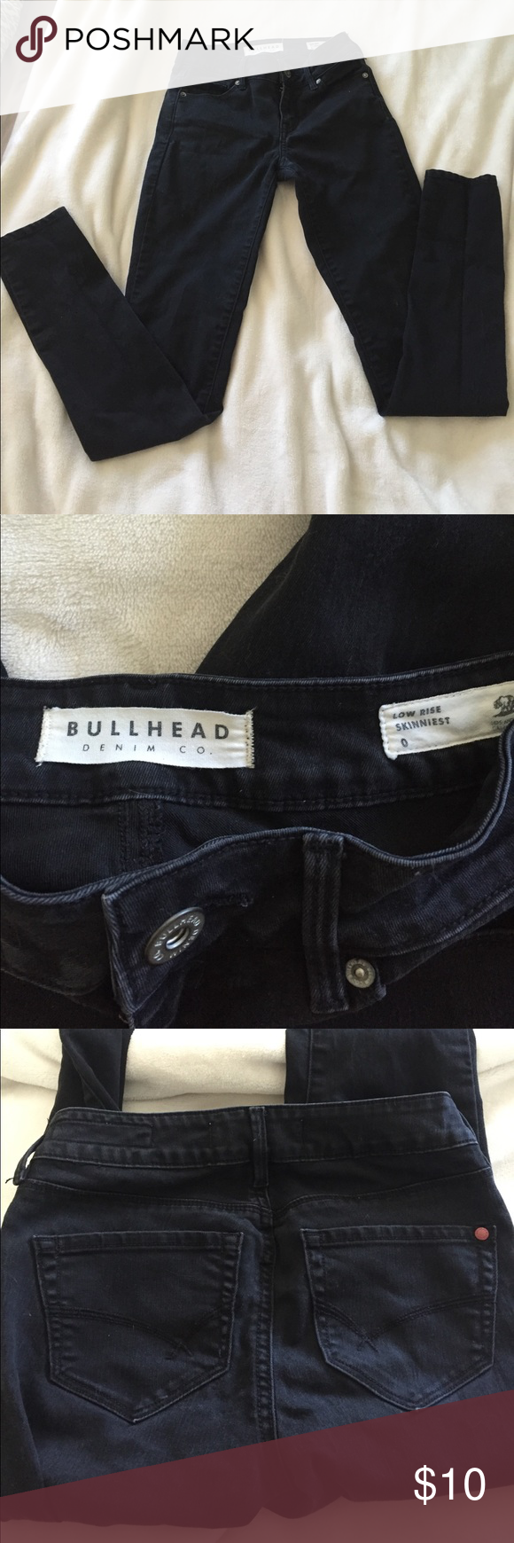 Black Bullhead Low Rise Skinny Jeans In excellent condition. No flaws and comes from a smoke free home! Size 0 Bullhead Jeans Skinny