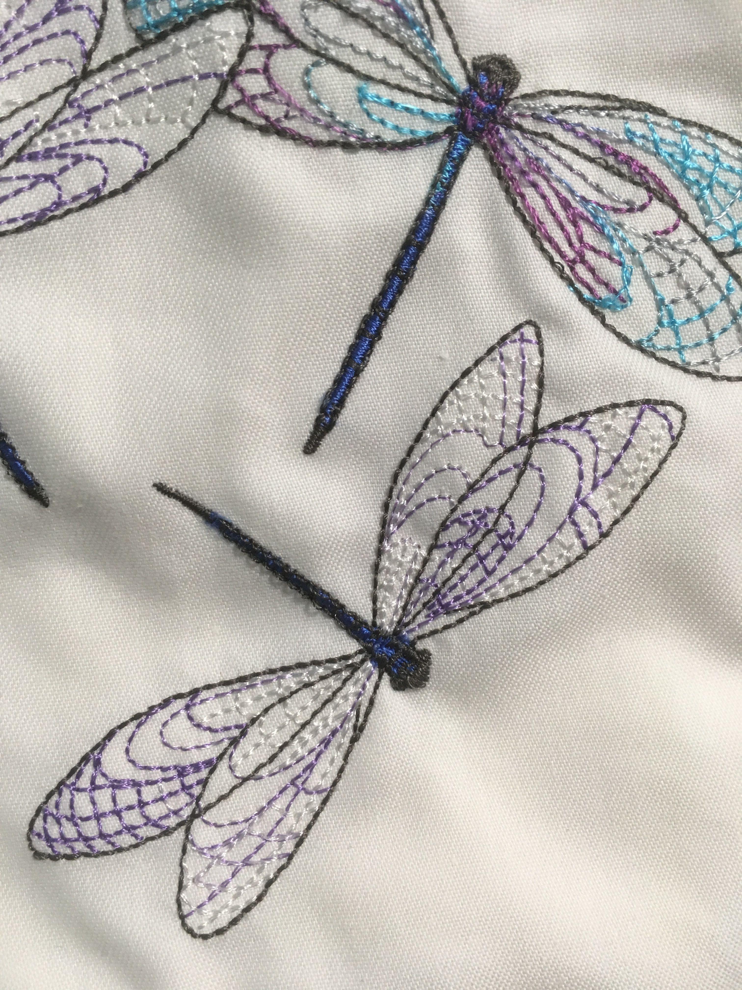 Detail of embroidery | arboles y patrones para bordar | Pinterest ...