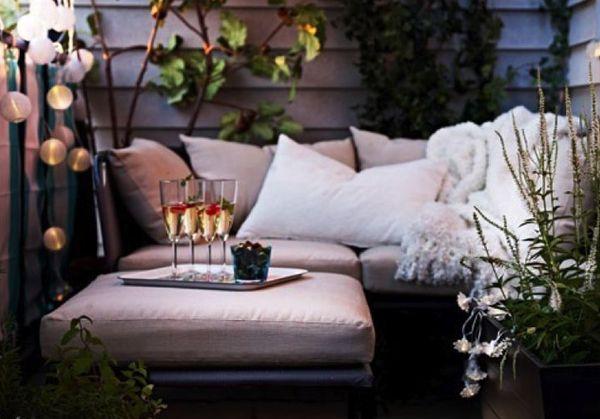 15 Small Balcony Lighting Ideas #balconylighting