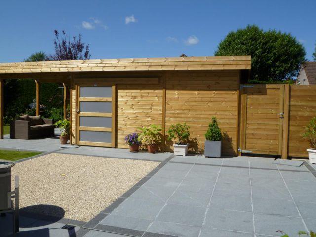 Abri de jardin toit plat en bois avec terrasse Jardins sur le côté