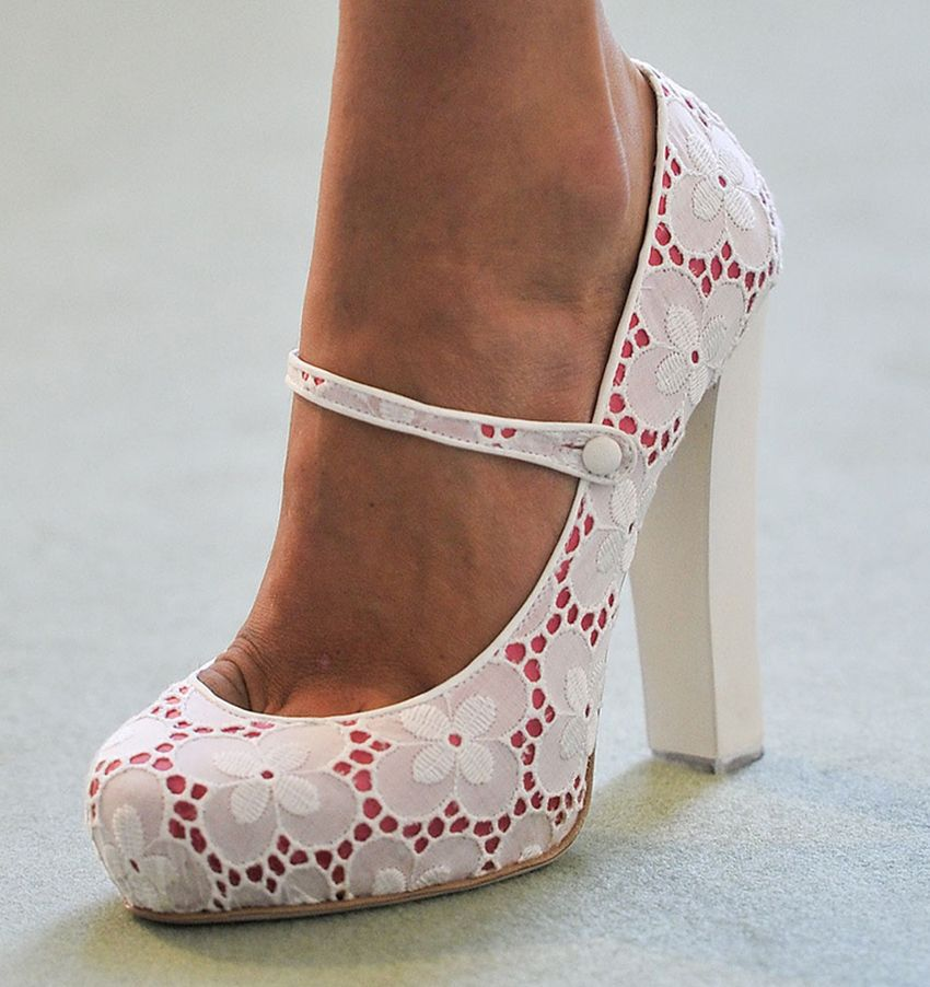 Como customizar Sapatos com Tecido Passo a Passo