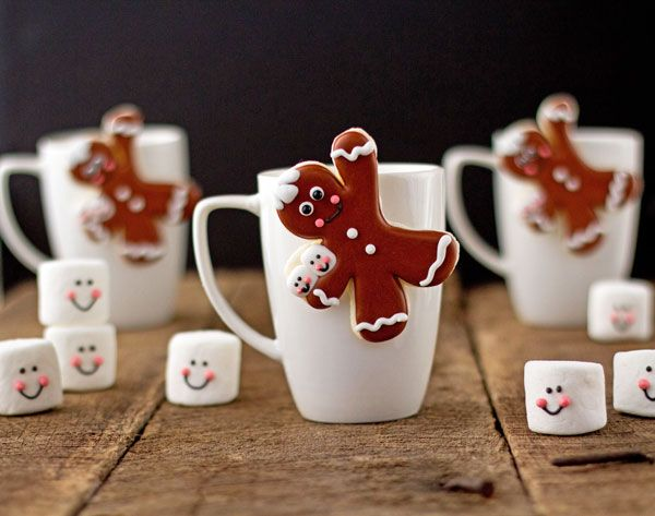 Gingerbread Men Coffee Cup Cookies #coffeecup